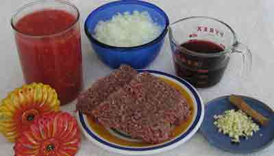 Ingredients for the greek recipe, makaronia me kima, greek spaghetti with meat sauce.